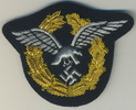 embroidered gold crowun pilot badge