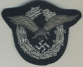 embroidered silver crowun pilot badge