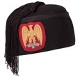 Fez for fascist hierarch, ex MSVN endowment, equipped with lictor beam decoration. Material in black felt, internally covered in white silk, side fringe, decoration embroidered on a burgundy red cloth, weight 160g